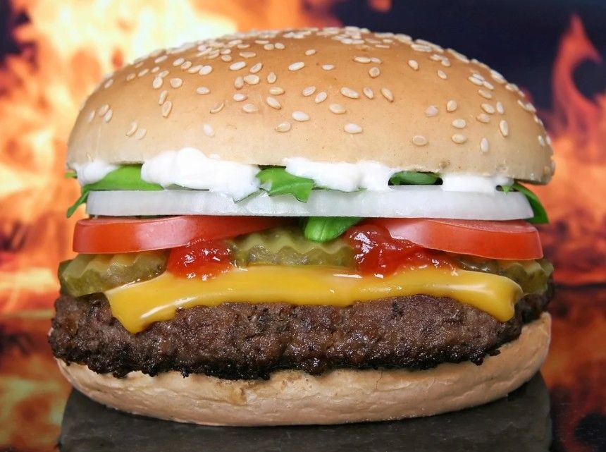 Make your own tasty burger with the Fiesta Hamburger Deluxe Seasoning